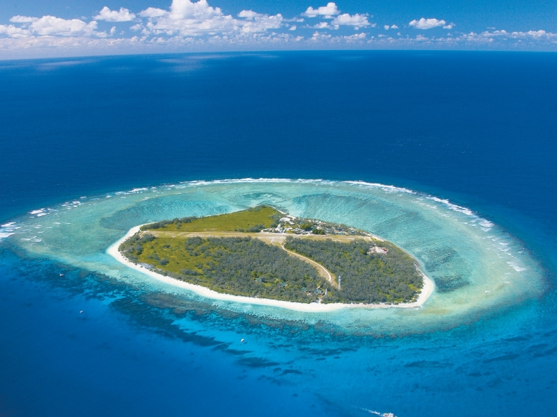 Aerial-photo-of-Lady-Elliot-Island