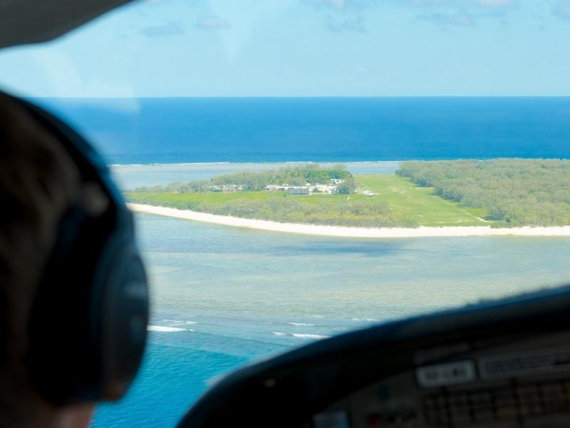 Island-runway